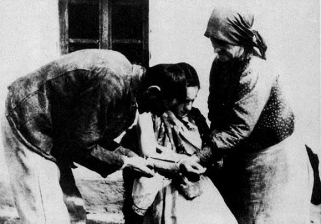 Mit mivel gyógyítottak a magyar népi gyógyászatban. Itt a teljes betegséglista!
